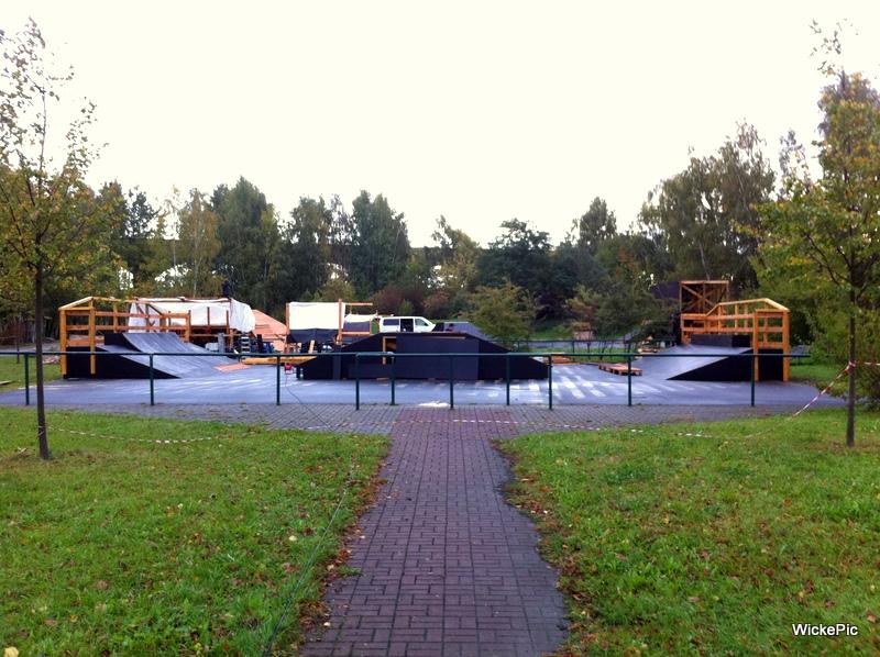 tobias wicke bmx profi aus berlin neuer skatepark in zittau. Black Bedroom Furniture Sets. Home Design Ideas