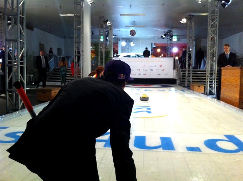 BDS Viki Curling